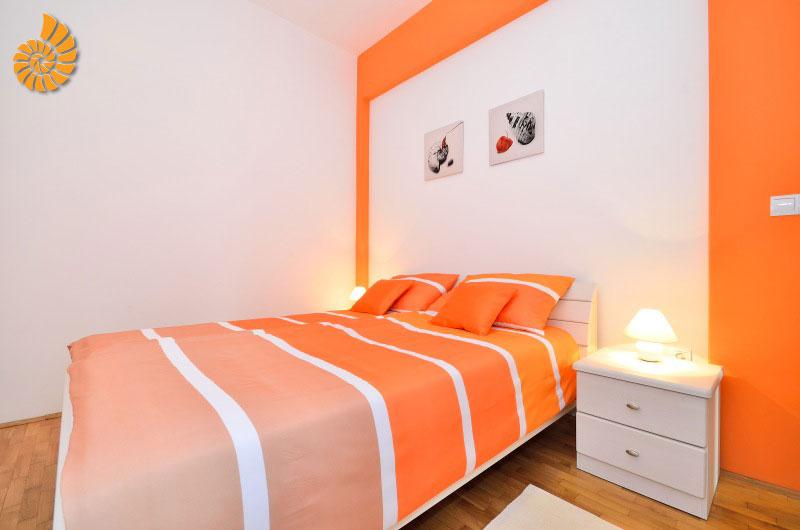 Orange Ferienwohnung